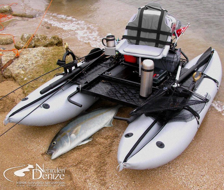 Bahadır Çapar's Creek Company Flats Raider 9 pro pontoon boat.