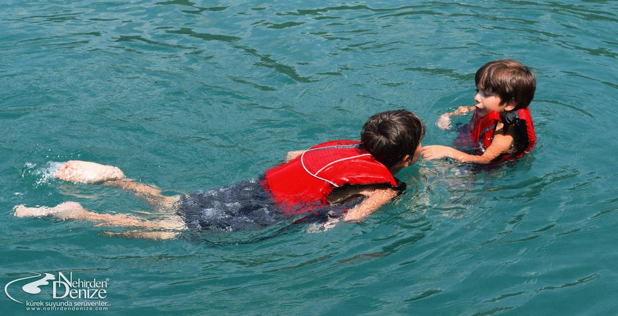 Bora Çapar, Batu Çapar | Nehirden denize yaz kampı 2015