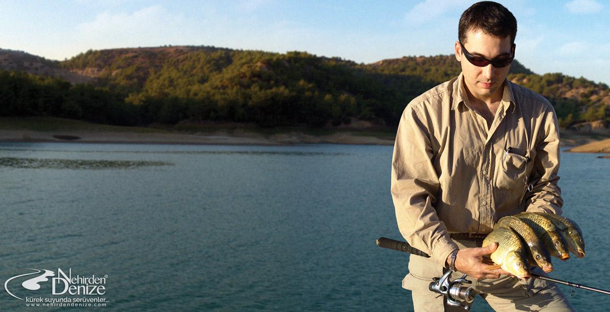 Bahadır Çapar'la Seyhan'da sazan oltacılığı, 2004 | Nehirden Denize olta balıkçılığı